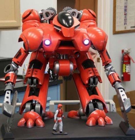 Giant-firefighting-bot