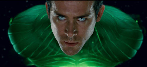 Green-lantern-photo-ryan-reynolds10
