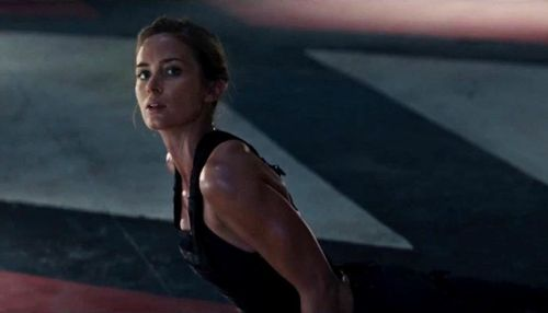 Emily-blunt-in-edge-of-tomorrow-movie-1