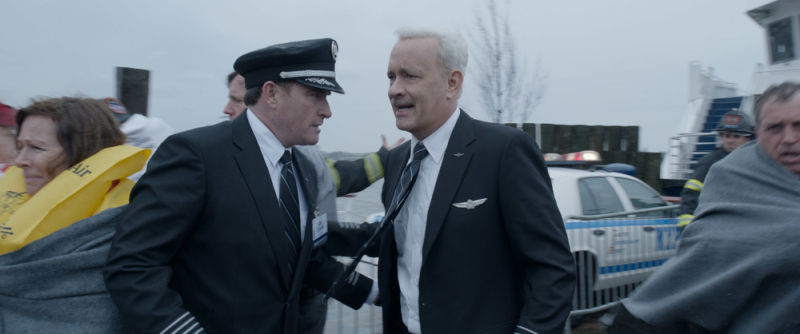 Sully-clint-eastwood-tom-hanks-USP-T1-0022r