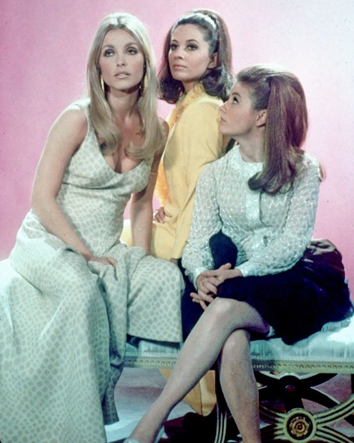 Valley-OF-The-Dolls-Movie-Cast