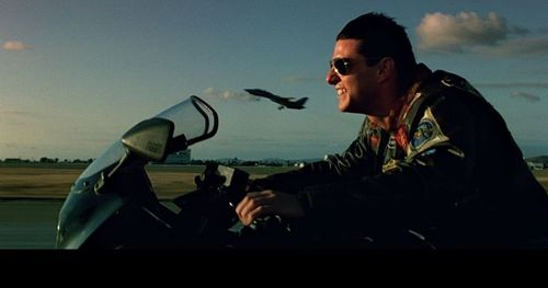 Top_gun_tom_cruise_on_motorcycle-e1425835394882
