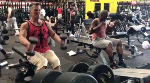 1109-josh-brolin-gym