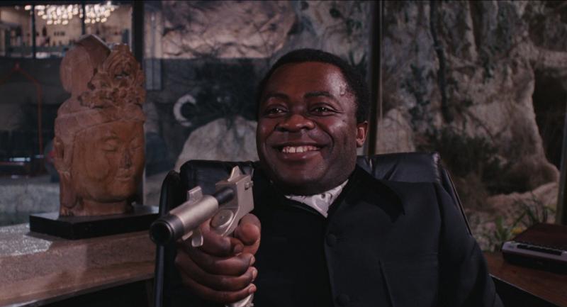 Live-and-let-die-james-bond-yaphet-kotto-roger-moore-jane-seymour-spy-thriller-action-blaxploitation-1973-movie-review-2015-spectre